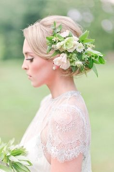 Modern rose gold and pastel wedding inspiration