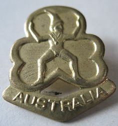 GIRL GUIDES AUSTRALIA BROWNIE PROMISE METAL BADGE - NOW OBSOLETE | eBay