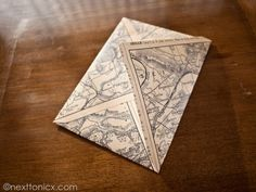 Free downloadable  French map pattern for diy envelope. Looks so cute.