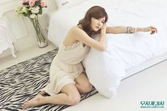 [Han Ga Eun] 2014.3.23#2 - March Album Updates - Imgur