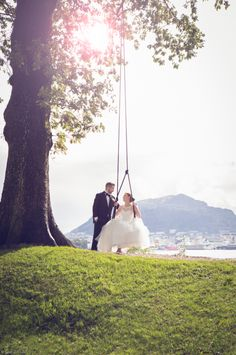 Bryllup – Fotograf Lene Fossdal Lens, Wedding Dresses, Bride Gowns, Wedding Gowns, Weding Dresses, Wedding Dress, Wedding Dressses, Bride Dresses, Bridal Dresses