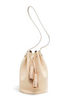 Building Block - Bolso tipo saco en color nude.