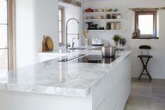 Beautiful fabricated Marble worktop | Mandarin Stone.