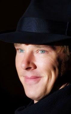 Benedict Cumberbatch. cute.