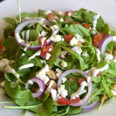 via @sellandsmarketcafe: May's Salad of the Month: Arugula and Spinach with Tomatoes Blue Cheese Red Onions Toasted Walnut and Ranch Dressing...YUM!  #healthyeating #sacfarm2fork #salad #eastsac #eldoradohills