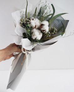 Liziday Flower Studio Flowering in Seoul, Korea  www.liziday.com  #flowers #gift #liziday