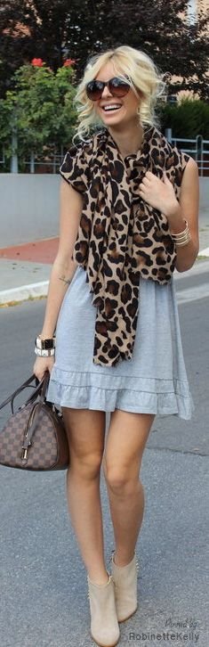 Cute combination: animal print and denim and boots!!!! So cool.