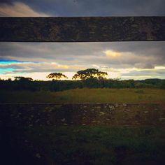 """""""pelos caminhos através da porteira"""" #natureza #montanha #tracking #trilhando #lindodia #céuincrivel"""