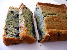 Lemon Blueberry Amish Friendship Bread (No cinnamon, use sugar-free lemon pudding, add 1 teaspoon of lemon extract and 1 cup of frozen wild blueberries, thawed and drained. Friendship Bread Recipe, Friendship Bread Starter, Amish Friendship Bread, Amish Bread Recipes, Dutch Recipes, Amish Bread Starter, Amish White Bread, Biscuit Bread, Bread Baking