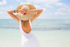 肩甲骨はがしは注目のストレッチ方法。自分一人で簡単にできるセルフ肩甲骨はがしストレッチは、肩こり解消だけでなく…