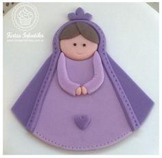 Torta de Comunión con Virgencita en violeta
