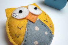 Yellow Felt Owl Brooch, Felt Brooch, Felt Owl, Felt Owl Brooch, Yellow Owl, Felt Pin, Owl Pin, Owl Pin, Handmade. £8.50, via Etsy.
