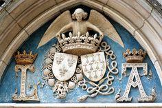Château de Blois: Initiales de Louis XII et Anne de Bretagne