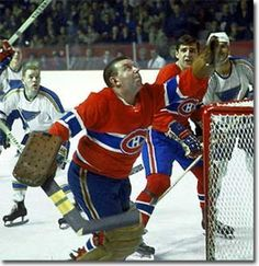 Gump Worsley was one of the last NHL goalies not to wear a mask. Gump Worsley should be remembered as one of hockey's greatest goalies. He won the Stanley Cup four times between 1965-1969 and won the Vezina Trophy twice in that span.
