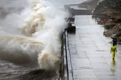 UK weather: Severe storms leave thousands without power for third day running 1/11/15 The Met Office has issued weather alerts for Scotland, Northern Ireland and the North and Midlands of England as snow and ice storms set to continue
