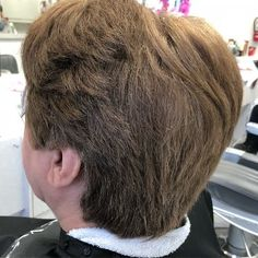 Are you in search for the best Low maintenance haircuts for ladies with thick hair? Checkout these Less time styling and less products usuage haircuts. Temp Fade Haircut, Taper Fade Haircut, Lob Haircut, Haircut For Thick Hair, Layered Bob Haircuts, Haircuts With Bangs, Short Hair Cuts For Women, Medium Hair Cuts, Low Maintenance Short Haircut