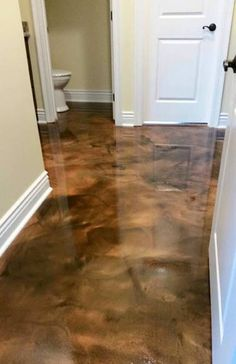 Home Decor Incredible metallic epoxy flooring in the Lafayette LA area . Contact us for a quote! Stained Concrete, Concrete Floors, Hardwood Floors, Concrete Dye, Home Design, Floor Design, Metallic Epoxy Floor, Glitter Floor, Basement Flooring