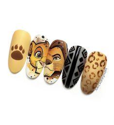 Diy Disney Nails, Simple Disney Nails, Disney Halloween Nails, Disney Acrylic Nails, Disney Nail Designs, Crazy Nail Designs, Best Acrylic Nails, Cartoon Nail Designs, Lion King Nails