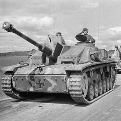 Armored Fighting Vehicle, Mode Of Transport, Panzer, Armored Vehicles, Vietnam War, Funny Laugh, Military Vehicles, Ww2, Transportation