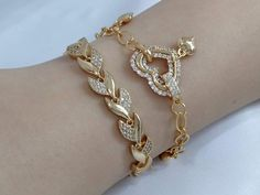 Solid Gold Bangle, Gold Bangles, Flower Shoes, Flower Nails, Gold Jewellery Design, Ring Necklace, Body Jewelry, Diamond Jewelry, Long Hair Styles