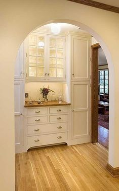 Trendy Kitchen Pantry Ideas Built Ins Cabinets Ideas Kitchen Butlers Pantry, Butler Pantry, New Kitchen, Kitchen Decor, Kitchen Cabinets, Kitchen Storage, Kitchen Corner, Corner Pantry, Pantry Room