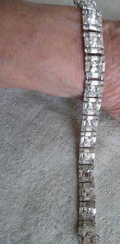 Vintage Weiss 1940's Sparkling Rhinestone Bracelet