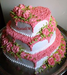 Тортики свадебные   200 фотографий Buttercream Cake Designs, Cake Icing, Cupcake Cakes, Buttercream Frosting, Pretty Cakes, Beautiful Cakes, Amazing Cakes, Bithday Cake, Cake Decorating Piping