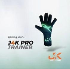 Goalkeeper Training, Professional Soccer, Trainers, Gloves, Hands, Watch, Tennis, Clock, Bracelet Watch