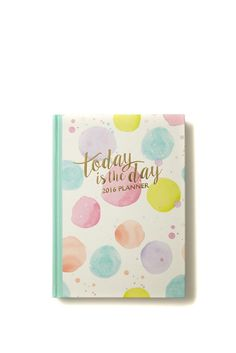 2016 premium diary features beautiful printed internal designs with weekly view. <br> The textured hard cover journal also includes monthly calendars, personal info & contacts sections and a pocket for your loose papers/receipts on the internal cover. <br/>