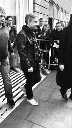 "misanthropicass: ""Just a man and his converse "" Martin Freeman, Sherlock Holmes Bbc, Benedict And Martin, Guide To The Galaxy, Marvel Films, John Watson, Johnlock, Benedict Cumberbatch, Marvel Cinematic Universe"