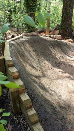 Retaining wall for berm