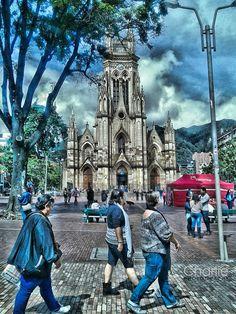 Templo de Lourdes, Bogotá D.C. HDR - null