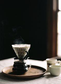 Pour-over coffee, Coffee, koffie, coffee corners, eten en drinken