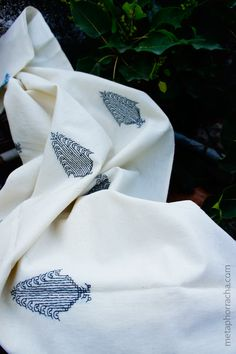 Hand embroidered khadi stole | Metaphor