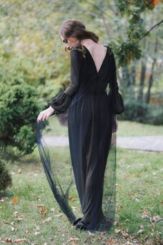 SINESTEZIC.COM | Walk away from the things that don't bring you happiness because you deserve to feel good everyday. | Long elegant dress | Long evening dress | Long V-neck dress | Maxi long sleeve evening gown | Long elegant gown | Long embroidery dress | Maxi long sleeve dress | Maxi evening dress | #sinestezic #eveningdress #SinestezicQueens #romaniandesigner Long Sleeve Evening Gowns, Evening Dresses, Prom Dresses, Designer Wear, Designer Dresses, Elegant Gown, Midi Cocktail Dress, Gowns Of Elegance, Embroidery Dress