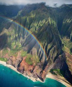 Na Pali Coast, Kauai, Hawaii || by antonyspencer