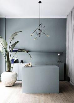 Denim Drift is door AkzoNobel verkozen tot kleur van het jaar 2017! Past wat ons betreft perfect in een Scandinavisch interieur.