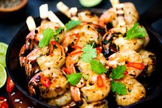 Angela Casley's barbecue prawn recipe are always a hit on the barby! Try these for lunch, dinner or a starting delight. Barbecued Prawns, Bbq Prawns, Barbecued Lamb, Prawn Recipes, Lime Recipes, Seafood Recipes, Vegetarian Recipes, Weber Recipes
