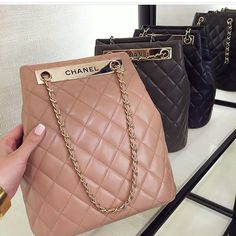 Searching for Chanel handbags authentic or Chanel com handbags then Look at the webpage above simply press the highlighted link for even more details _ Chanel Handbags, Purses And Handbags, Chanel Bags, Burberry Handbags, Luxury Bags, Luxury Handbags, Mini Mochila, Sacs Design, Cute Purses