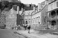 Québec, Maison Chevalier en 1954 et Hôtel Chevalier, après « restauration ». Photo Gérard Morisset, Archives nationales du Québec, Québec (en haut) et photo Luc Noppen.