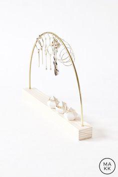 ANGEL I Earrings display I Brass & Wood I Earrings stand I Jewelry display - Organizer - Jewelry stand - Statement jewelry - Jewelry holder Tree Jewelry Holder, Jewelry Organizer Wall, Jewelry Stand, Jewellery Storage, Jewelry Organization, Jewellery Displays, Bracelet Display, Earring Display, Wood Necklace