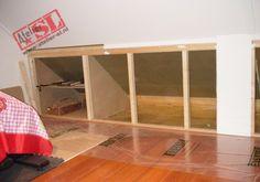 Zolderkast met greeploze deuren-Uitvoering 1 Attic Conversion, Attic Storage, Attic Rooms, Built Ins, My Room, Decoration, Loft, Wall, House
