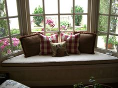 Interior, : Hot Image Of Modern Home Interior Decoration Using White Wood Bay Window Seating Including Light Grey Bow Window Seat Cushions And Red Tartan Pillow Covers Bay Window Decor, Bay Window Design, Window Seat Cushions, Window Benches, Bay Window Treatments, Home Decor Inspiration, Interior, Bay Windows, Valance Ideas