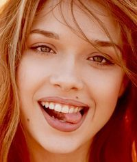 """""""The beauty of a woman must be seen from in her eyes; that is the doorway to her heart, the place. Beautiful Red Hair, Gorgeous Redhead, Beautiful Girl Image, Beautiful Eyes, Beautiful People, Beautiful Women, Red Hair Woman, Woman Face, Jessica Alba Pictures"""