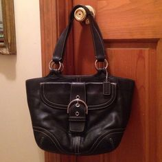 Coach Bag Black leather over the shoulder Coach handbag Coach Bags