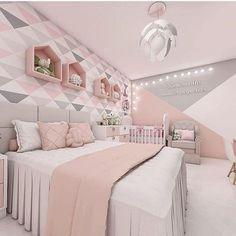 50 Gorgeous Bedroom Design And Decor Ideas For Girl Girls Bedroom Ideas Bedroom Decor design Girl Gorgeous Ideas Cute Bedroom Ideas, Cute Room Decor, Girl Bedroom Designs, Teen Room Decor, Bedroom Design For Teen Girls, Design Bedroom, Small Room Bedroom, Room Decor Bedroom, Bedroom Themes