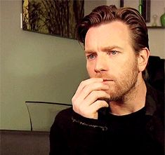 WHY IS HE ALLOWED TO BE THAT BEAUTIFUL [animated gif]
