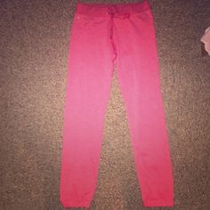 VS ANGELS SO SOFT ITS INSANE JOGGERS BNWT VS ANGELS COLLECTION JOGGERS. EXTREMELY SOFT. FITTED ANKLES❌NO OFFERS❌ NO TRADES❌ BUNDLES WELCOME Victoria's Secret Pants Track Pants & Joggers