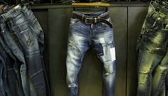 o_mens-d2-dsq-slim-patch-oil-washed-jeans-prps-robin-star-7670.jpg (580×332)