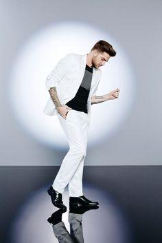 Adam-Lambert-2016-Macys-Summer-2016-Campaign-002-800x1199